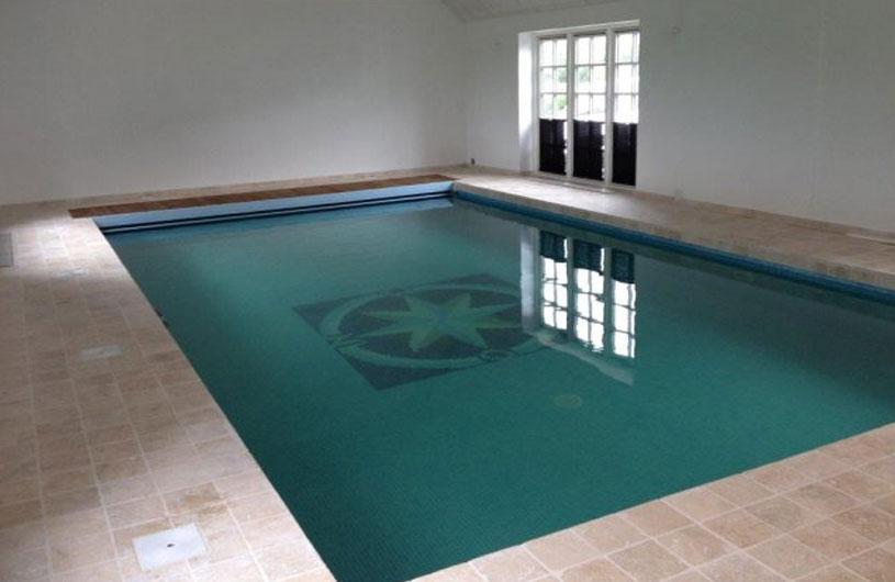 Swimmingpools installeret af triotek